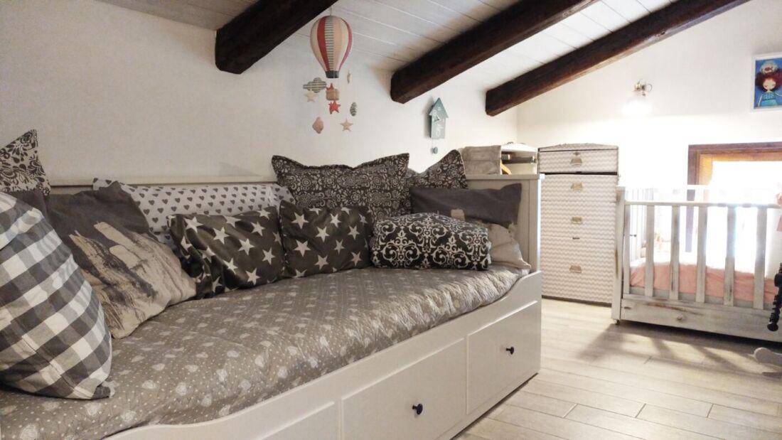 Il mio regalo per emma una cameretta da sogno arreda con sara - Regalo divano letto ...