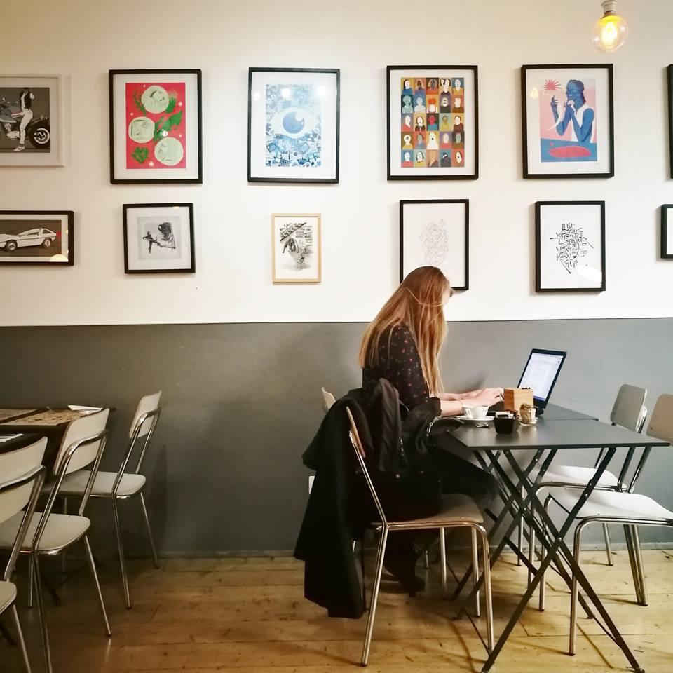 Caffetteria bar coworking santeria milano arreda con sara for Bar coworking milano