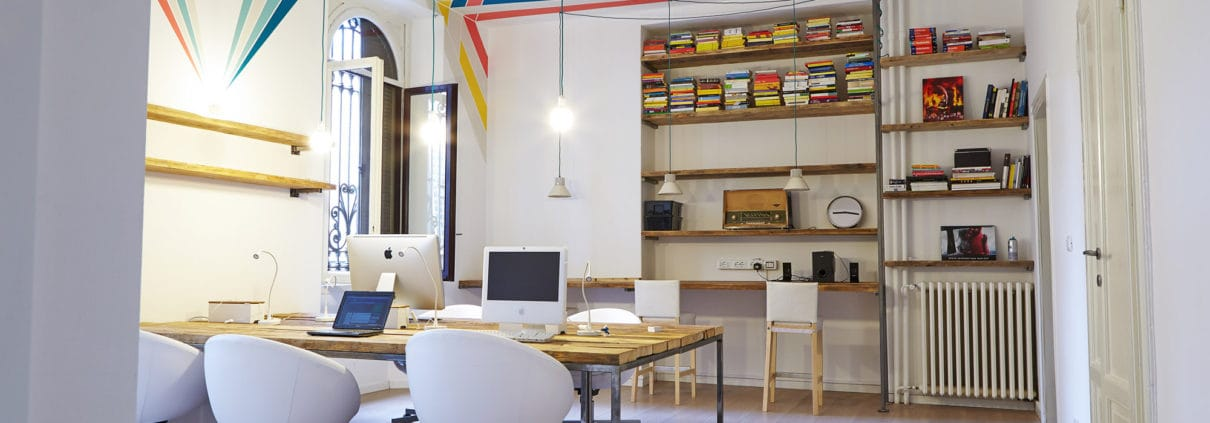 Spazio di lavoro nel coworking qf qwork + qbaby a Milano