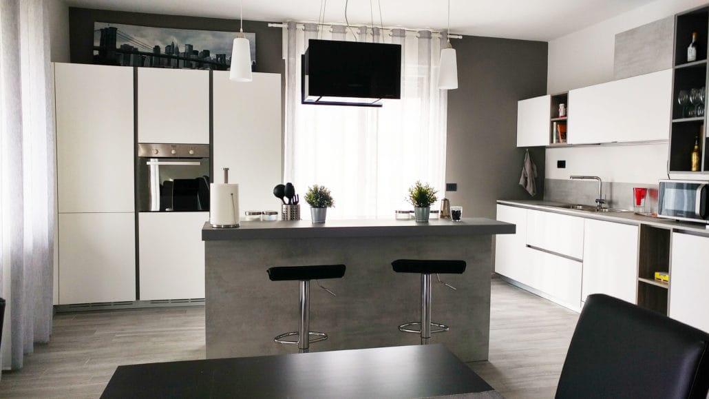 Una casa su misura, progettazione d'interni di una cucina in stile moderno