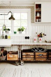 Colori, luminosità e vivacità per lo stile boho chic all'interno di una cucina