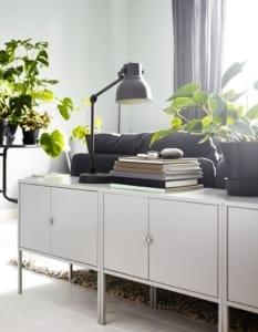 Separare un open space con il divano